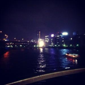 前回5月26日は両国から浜町まで河川敷を歩きました。